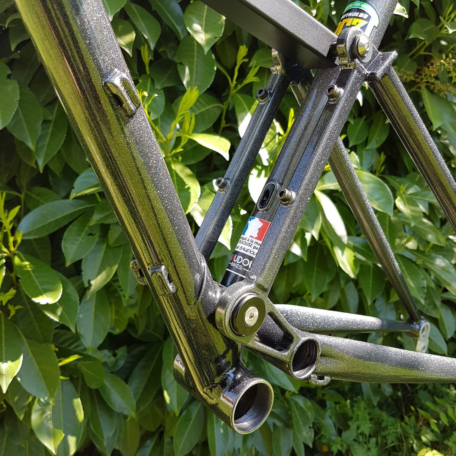 Baudou_bikes_tout_suspendu_pivot_fini3