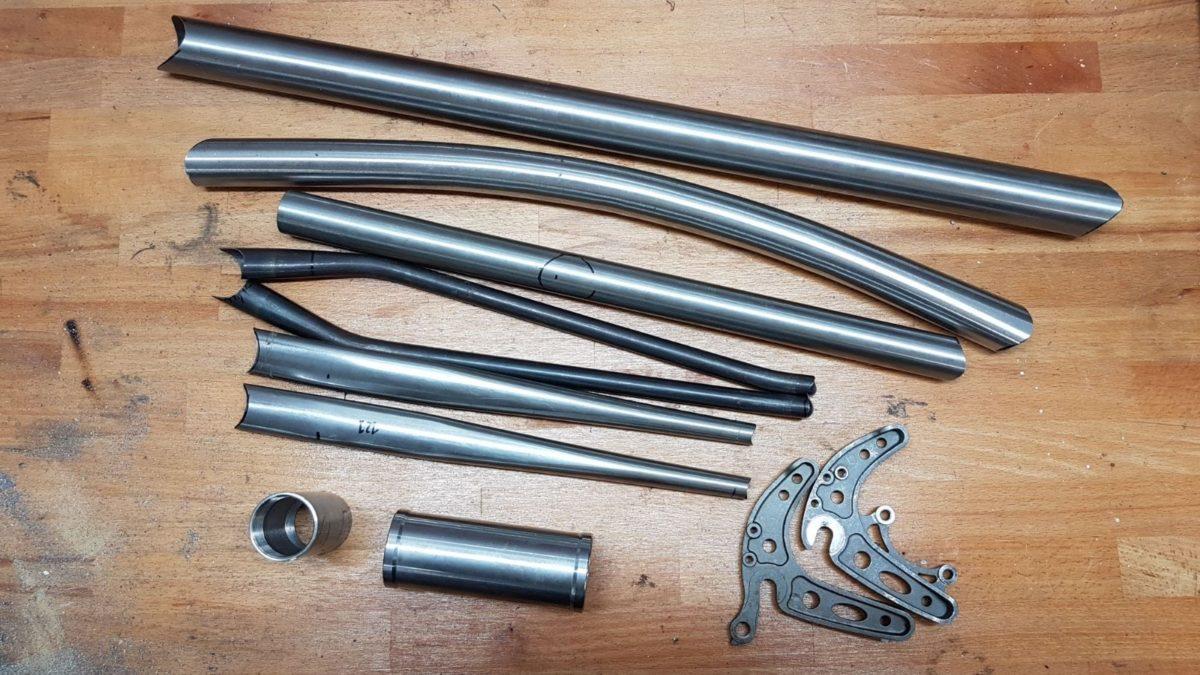 Versatile kit tubes