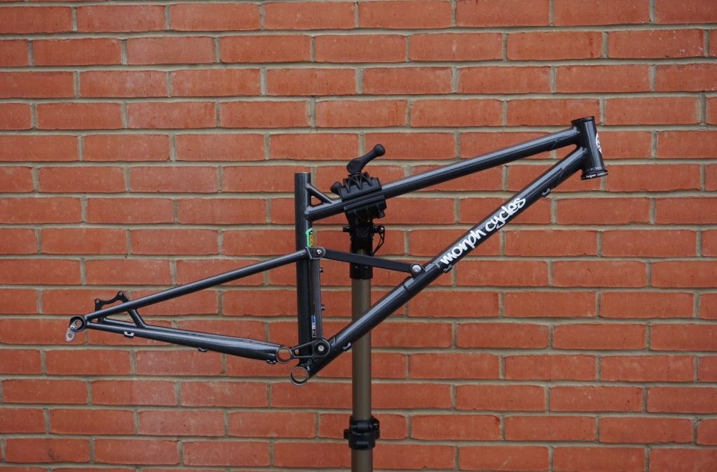 Morph Cycles's full suspension frame