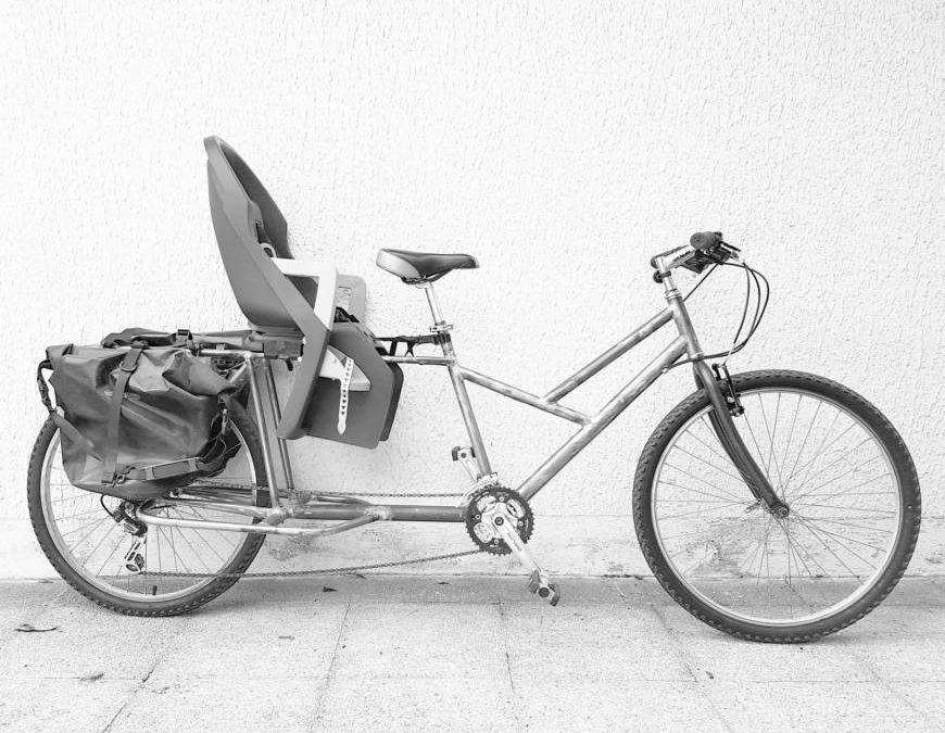 """Longtail"" cargo bike"