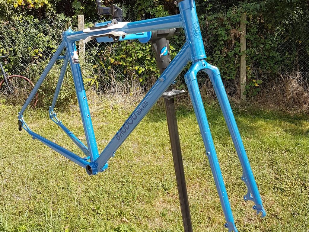 Randonneuse_650b_Baudou_bikes_painted_2