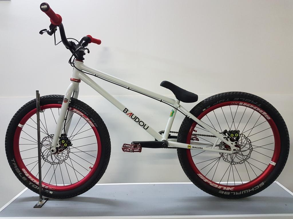 Street_trial_BAUDOU_Bikes_coté2
